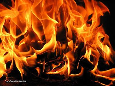 O fogo pode ser misterioso e encantador, mas continua sendo perigoso