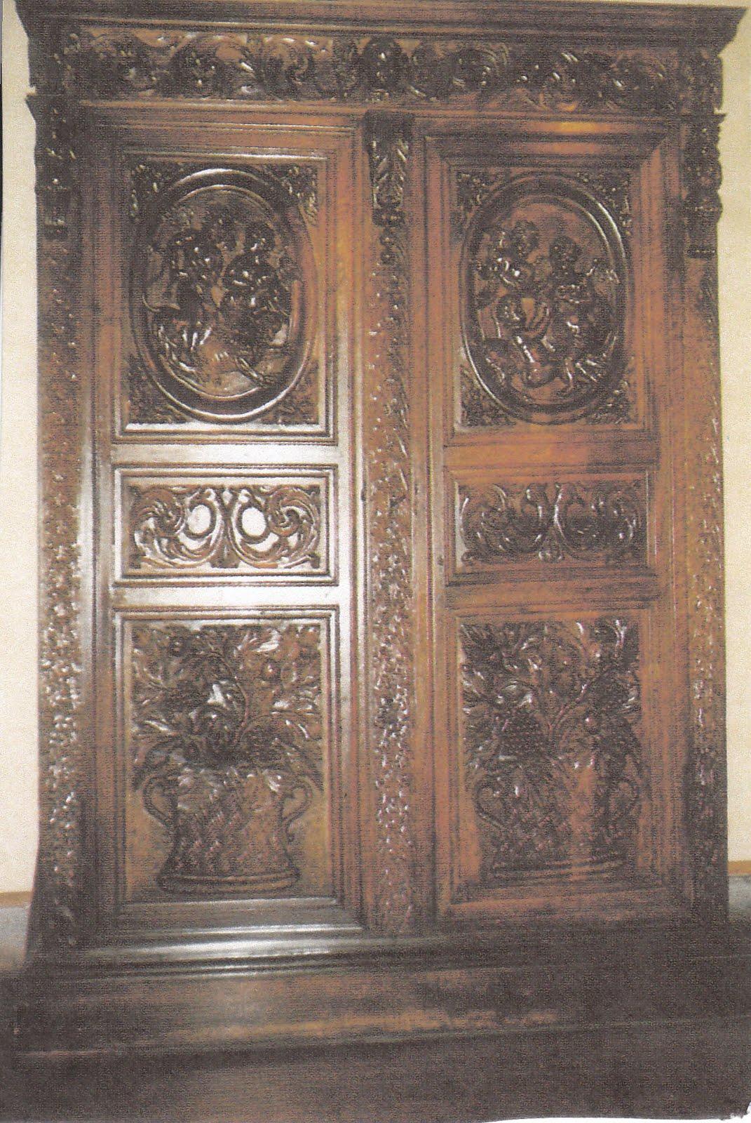 [armoire+17e+2+IMG_0001.jpg]