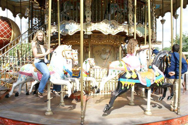 [me+carousel]