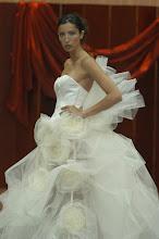 Vestidos de noiva com flores grandes