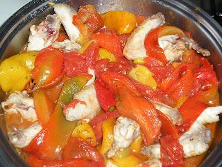 Articole culinare : Pollo con peperoni