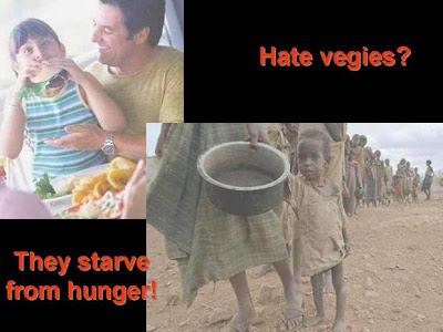 copil care are mancare si un copil sarac din africa