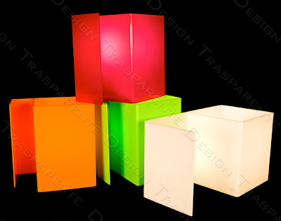 lampada da comodino in plexiglass