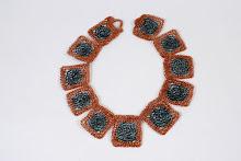 Collar cuadrados de cobre combinados