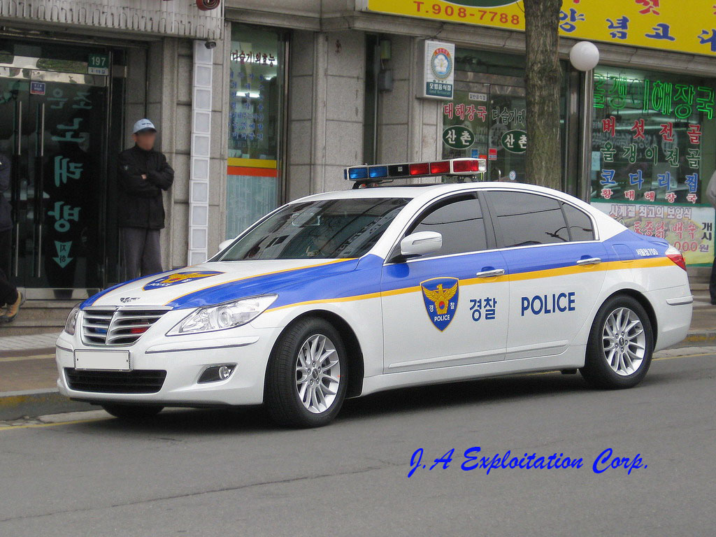 Hyundai Genesis Police Car Snapped In Korea Gcbc