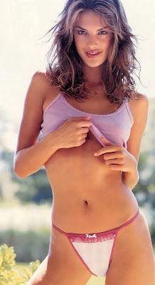 Alessandra Ambrosio Hot Bikini Picture