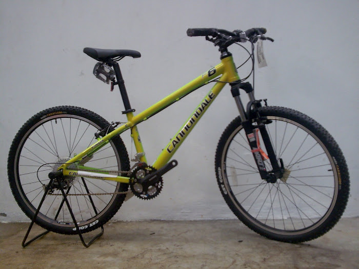 For sale: FullBike CANNONDALE 2008 uk.16