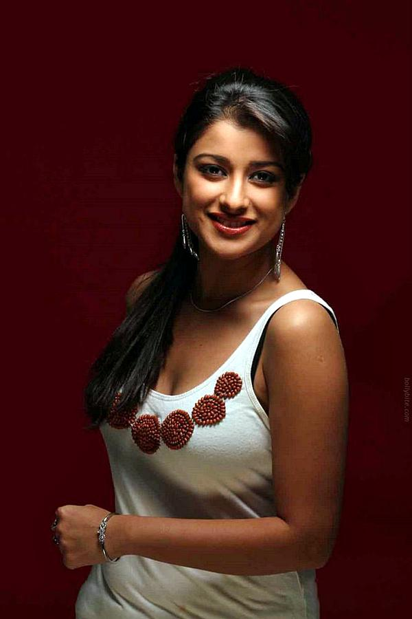 Spicy South Side Beauty Madhurima  Photoshoot