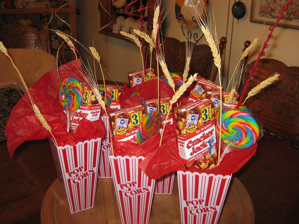 Stunning Carnival Theme Birthday Party Ideas for a Centerpiece 1024 x 768 · 207 kB · jpeg