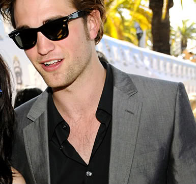 ray ban wayfarer pattinson. who love their Ray-Bans~