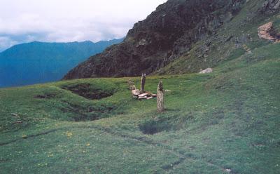 Roopkund Trek Pathar Nachauni