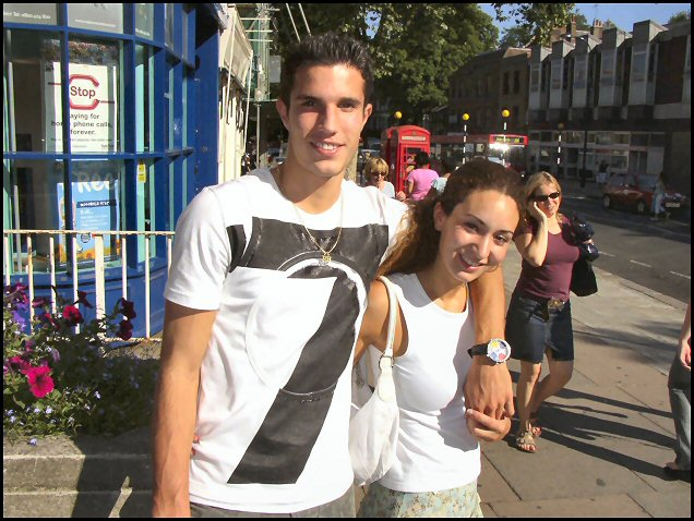 Sports cafe robin van persie trophy voltagebd Choice Image