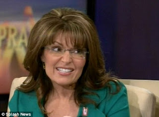Sarah Palin Wears Bump-its