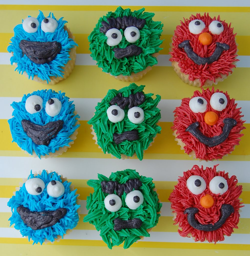 Oscar The Grouch as well Elmo Cupcakes in addition Oscar The Grouch Ideas moreover Can Anxiety Or Game likewise Watch. on oscar grouch recipe
