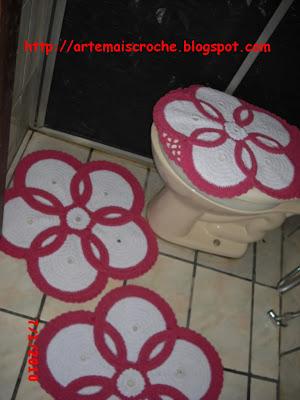 conjunto de banheirode barbante de croche rosa