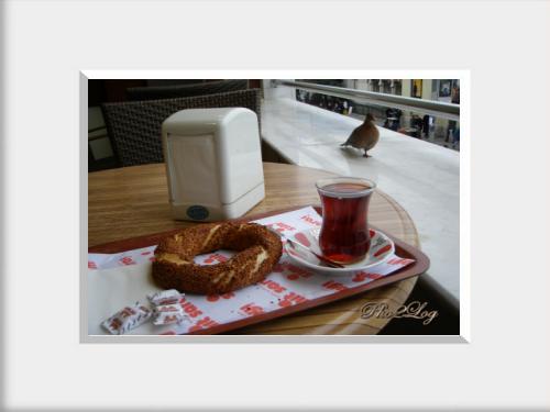 Breakfast in Istanbul - %C4%B0stanbulda Kahvalt%C4%B1
