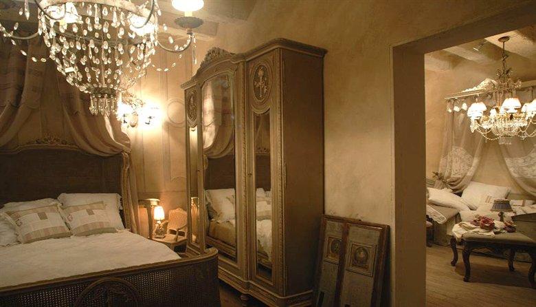 My shabby life emanuela marchesini iinterior decorator for Arredamento d epoca