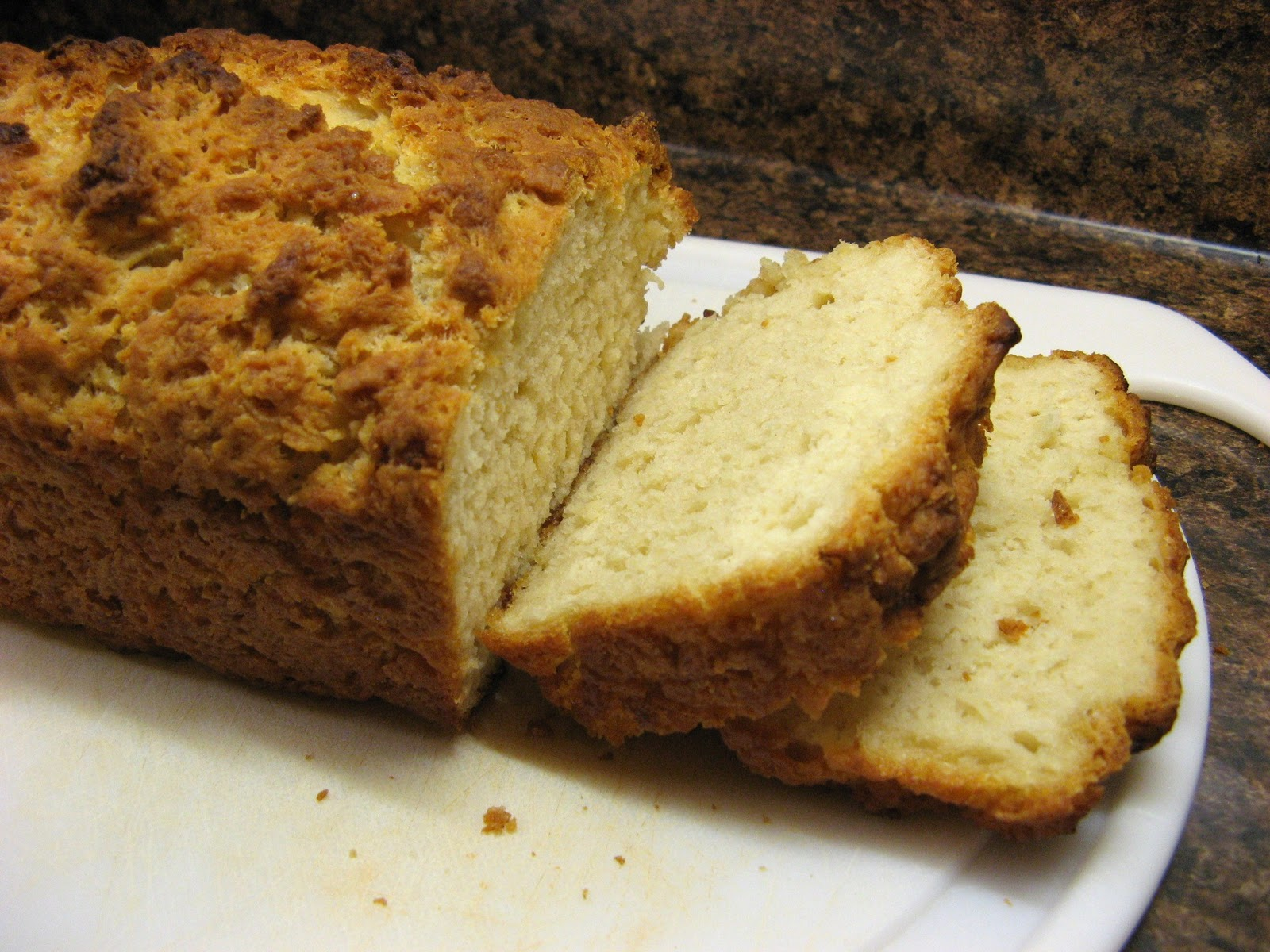 The Well-Fed Newlyweds: Beer Bread