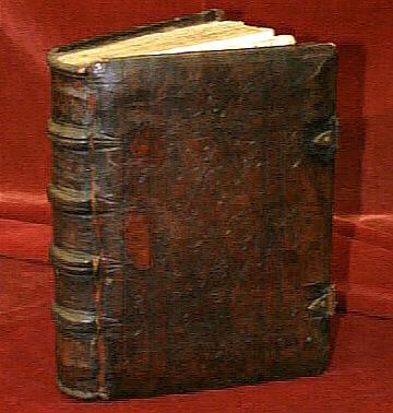 Libros Antiguos Abiertos
