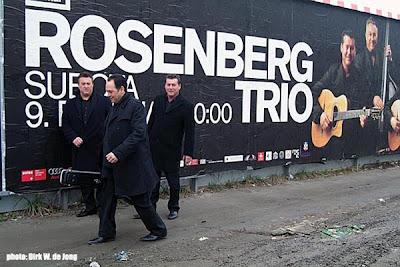 O trio, em Belgrado