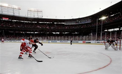 Red Wings give Hawks cold shoulder 6-4 at Wrigley Winter Classic