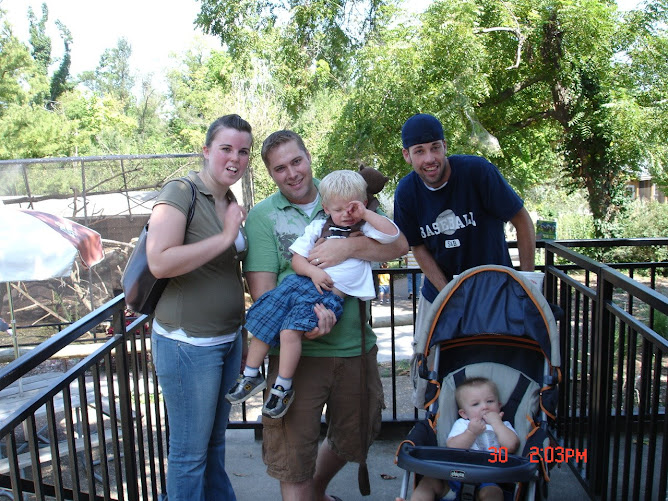 Fam Time at the Zoo
