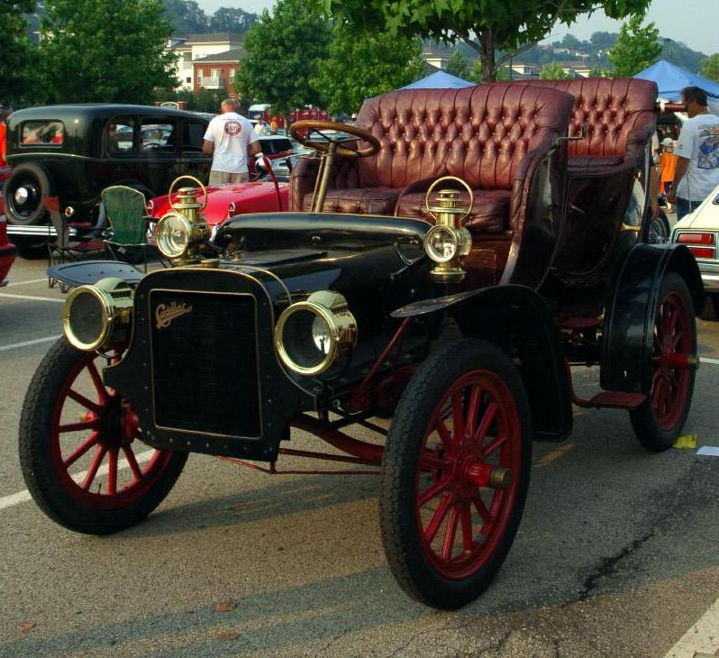 Two New Cars From Cadillac At Year 1906 Weekly Series