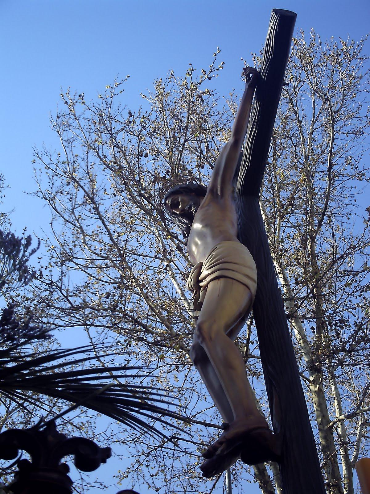 El Santísimo Cristo de la Buena Muerte de La Carolina (Jaén). Foto de lamaquinacofrade.blogspot.com
