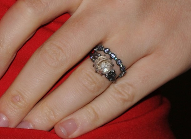 Newlywed Anna Paquin shows off her sparkling diamond ring