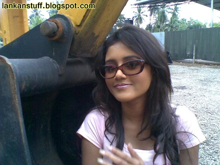 Dinakshi Priyasad New Photos