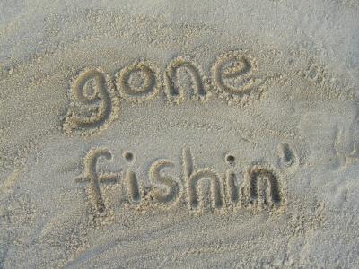 http://3.bp.blogspot.com/_ocDZLfmLnF8/TKj-vo73J1I/AAAAAAAADb0/Ymm--sbKvv8/s1600/quote+gone+fishing+via+charliestribe.jpg
