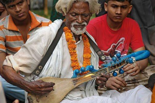 upon a folk music concert