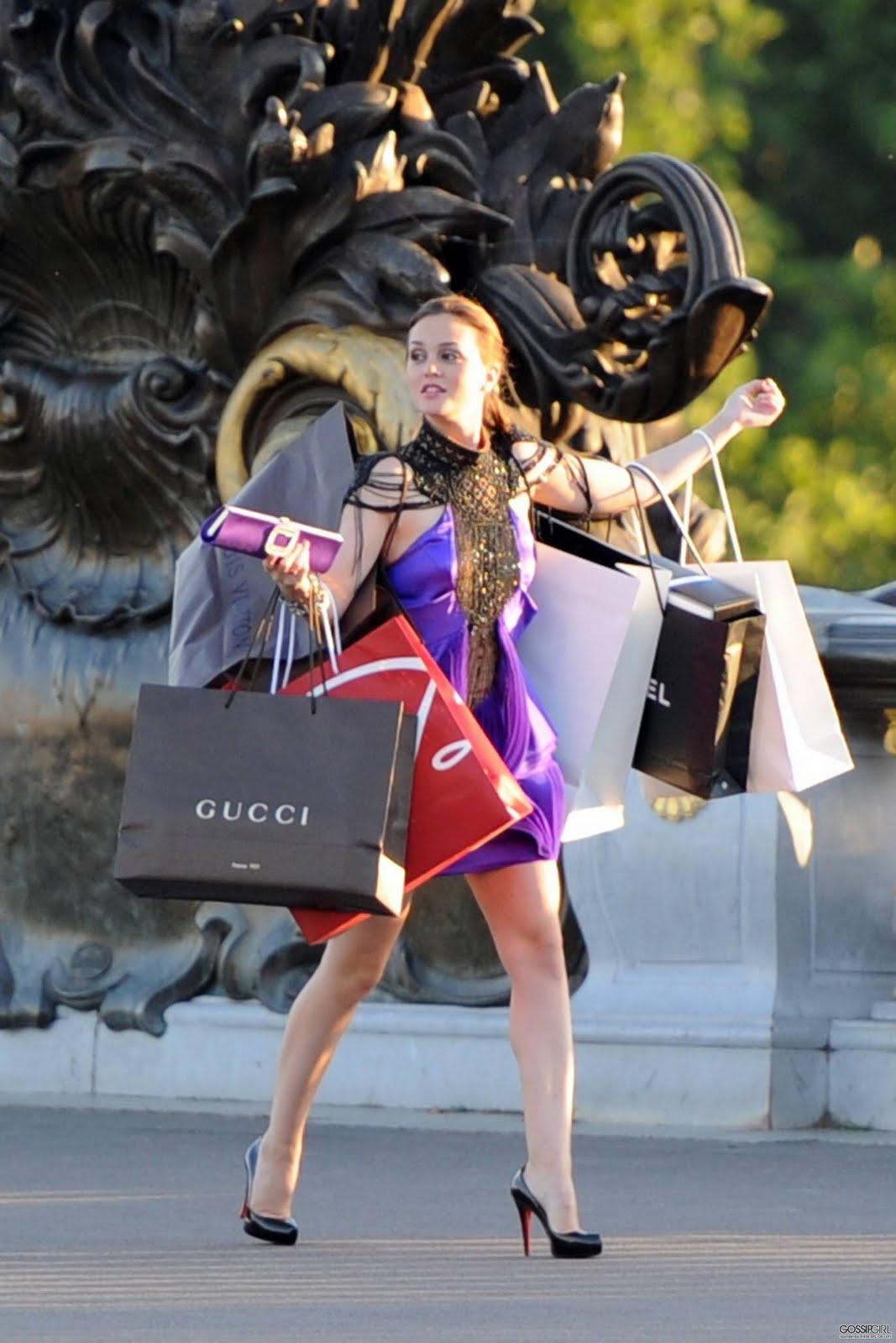 http://3.bp.blogspot.com/_ocugy71ovhw/TM3Ic238yGI/AAAAAAAAARw/7fBnHI6YueM/s1600/Gossip-Girl-Season-4-blair-waldorf-13703795-1707-2560.jpg