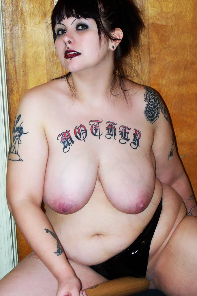 bbw goth chicks naked