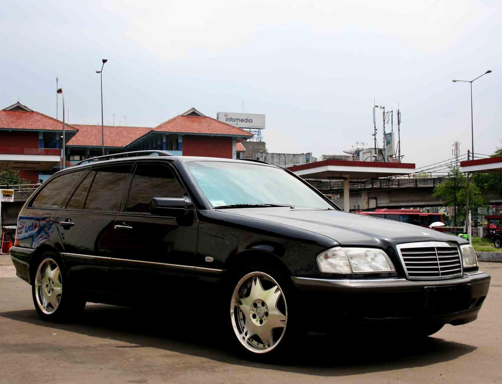 Chakilless Autocar And Towing Service Jual Mercedes Benz