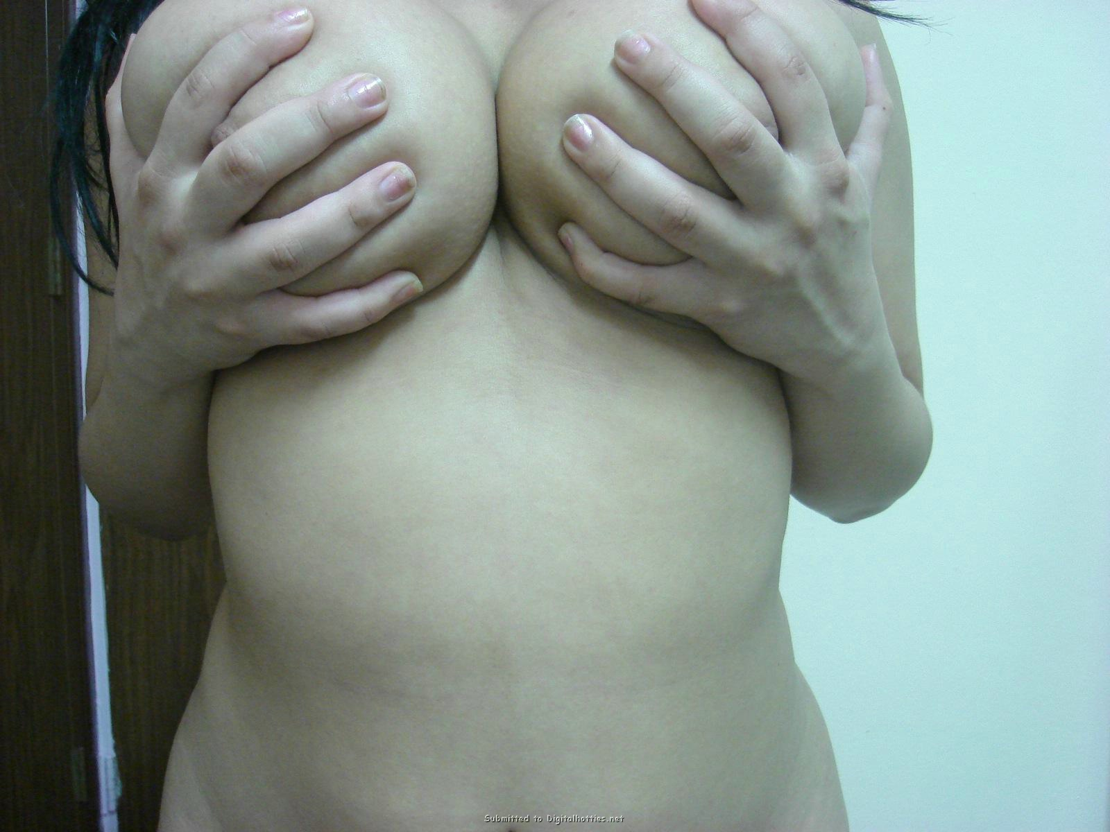 thick woman large breasts