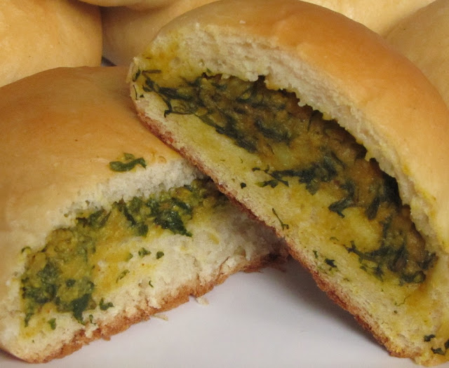spinach+cottage+cheese+buns.JPG