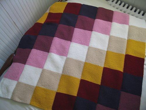 Baklava şeklinde bebek battaniyesi