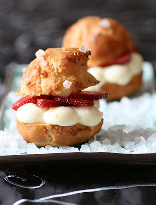 Strawberry Choux-Copyright Tartelette 2008