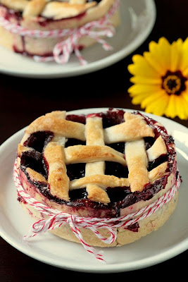 Blackberry Tartelettes-Copyright©Tartelette 2008