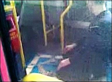 [example+muslim+busdriver+praying.jpg]
