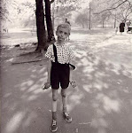 "Diane Arbus, ""Child With a Hand Grenade"""