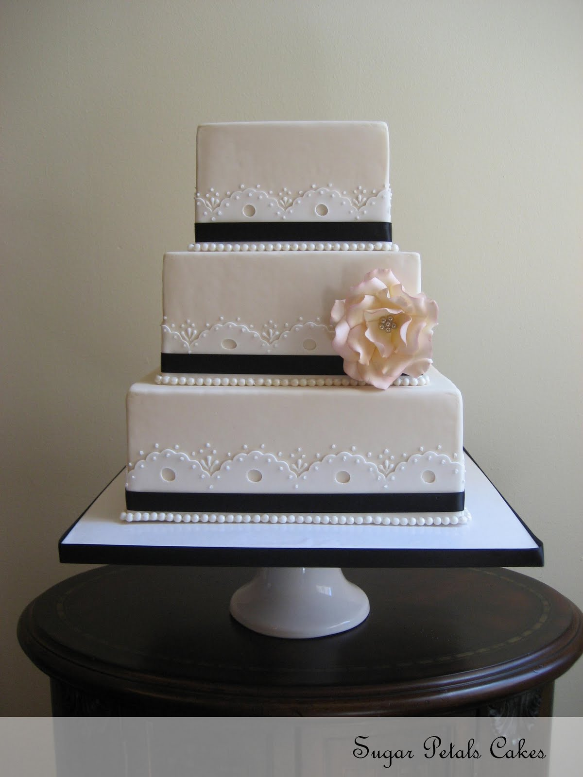 Square Wedding Cakes With Flowers 3 Tier Wedding Cake With