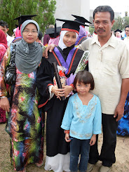 :: Ayah & Emak ::