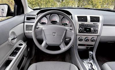 2009 Dodge Avenger interior