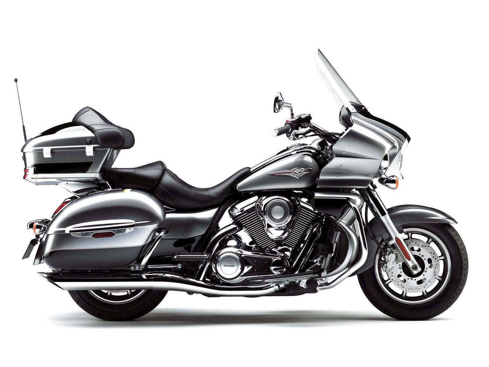 The Best Of Motorcycle  2010 Kawasaki Vulcan 1700 Voyager