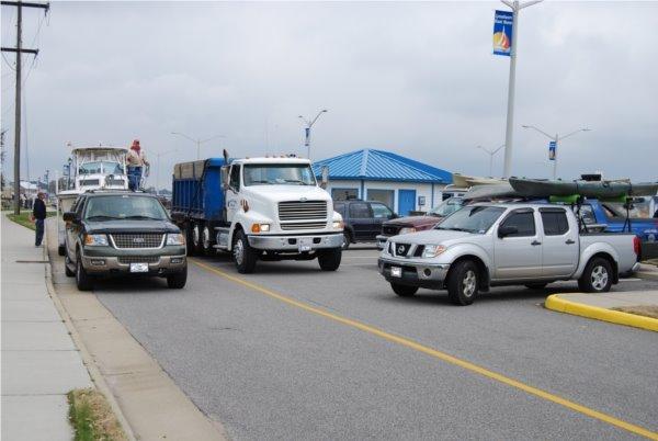Dump Trucks EVERY 4 MINUTES ! ! !