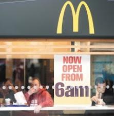 速食業激戰/麥當勞漢堡王 誘食客早起