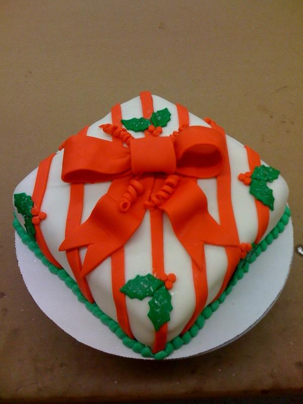 quinceanera fondant cake pictures