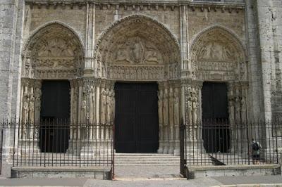 Todo arte arte rom nico franc s arquitectura zona de par s for Arquitectura mozarabe